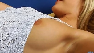 Breasty nymph takes dong in mouth and starts engulfing it well