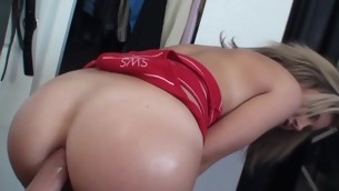 Very horny chick gets her backdoor space fingered together apropos fucked